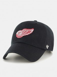 Detroit Red Wings Clean Up Black
