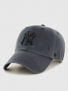 New York Yankees Clean Up Charcoal