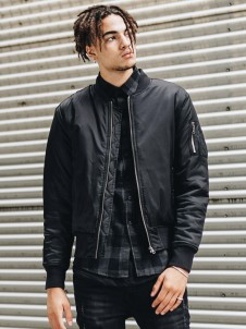 TB 861 Basic Bomber Black